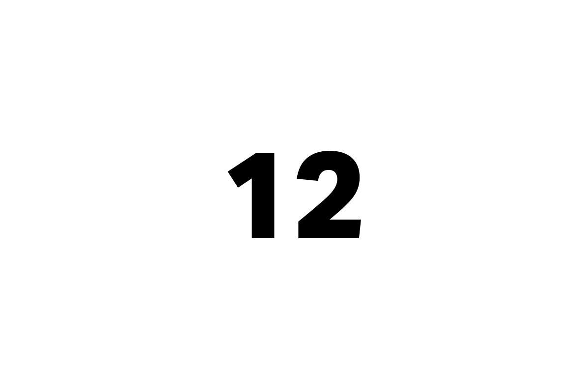 dvanáct
